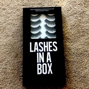 Lashes In A Box Lash Set in E5 - 10 Pairs
